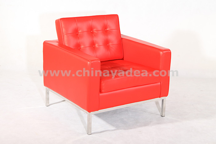 knoll sofa in leather