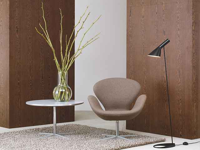 Arne Jacobsen Coffee Table and Danish lounge chairs