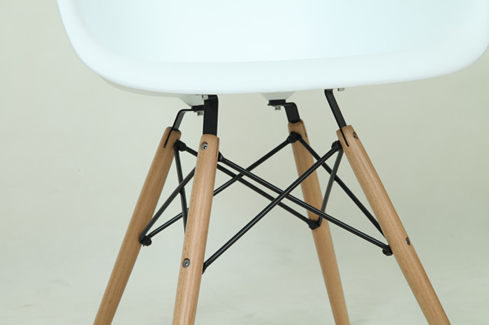 Eames DAW Chair Plastic - Eames Dining Chair