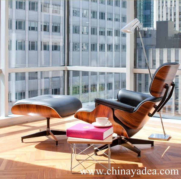 aniline leather Eames Lounge Chair