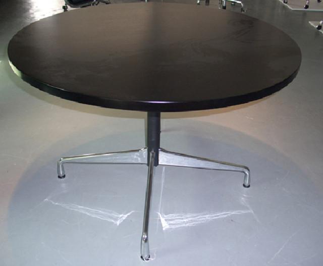 Dining Table Eames Round Dining Table : Eames20Round20Table202 from choicediningtable.blogspot.com size 640 x 527 jpeg 58kB