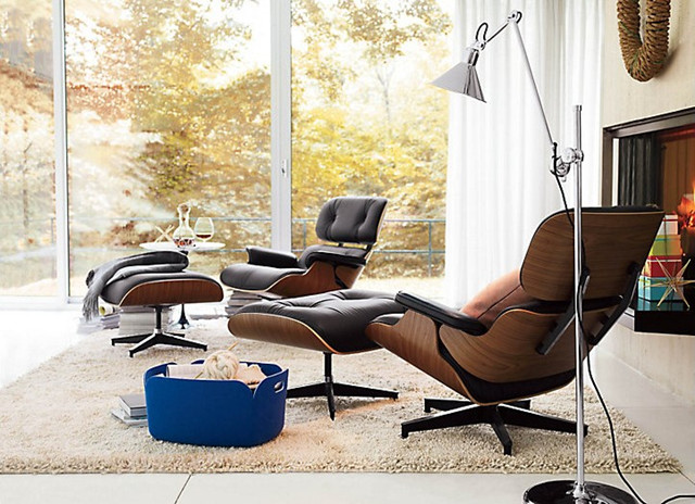 Herman Miller Eames Lounge Chair   Eames Lounge for office homeHerman Miller Eames Lounge Chair Replica   Walnut   Choco Brown  . Eames Lounge Chair And Ottoman Walnut Frame Standard Leather. Home Design Ideas