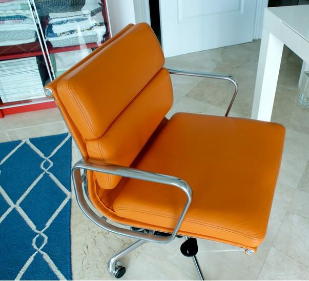 Reproduction Herman Miller Eames Soft Pad Management Chair News Yadea