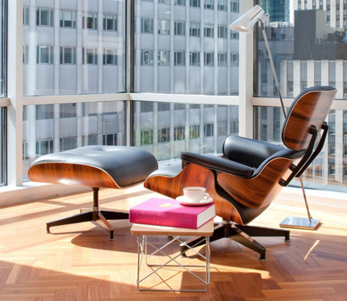 Eames Lounge Chair In Lounge