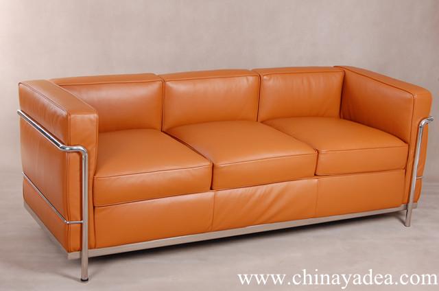 lc2 le corbusier three seat sofa factory news yadea. Black Bedroom Furniture Sets. Home Design Ideas