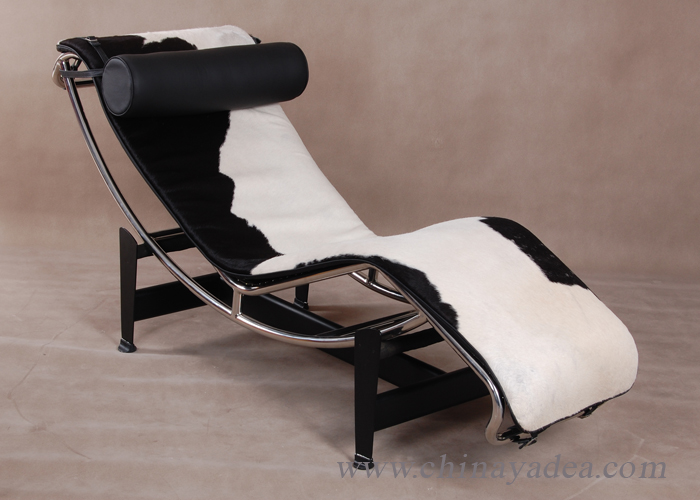 LC4 Chaise Longue chair