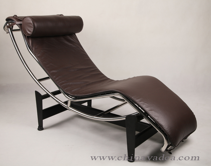lc4 chaise lounge chair by charles le corbusier news yadea. Black Bedroom Furniture Sets. Home Design Ideas