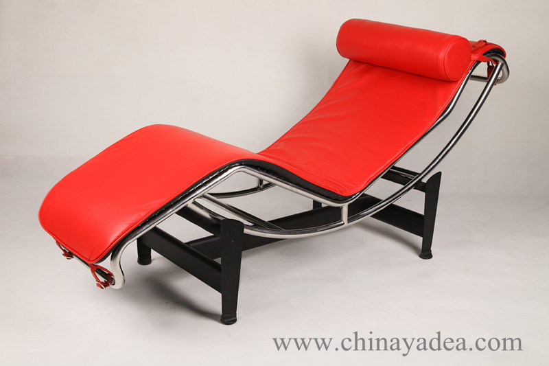 Replica Chaise Longue chair LC4