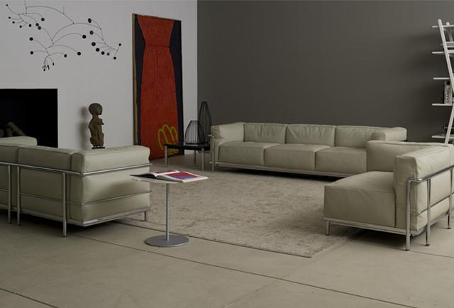 le corbusier lc3 3 seater sofa black le corbusier sofa. Black Bedroom Furniture Sets. Home Design Ideas