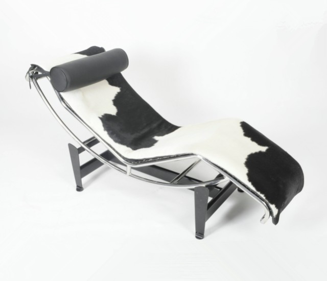 Le Corbusier LC4 Chaise Lounge Chair   Pony Leather