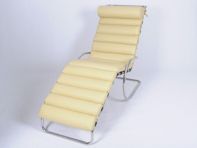Ludwig Mies van der Rohe Chaise Lounge