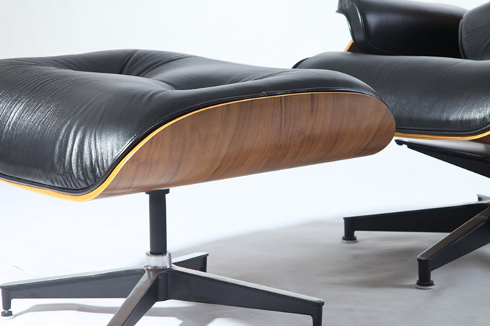 Herman Miller Chairs   100% Herman Miller Reproduction Eames Lounge Chair