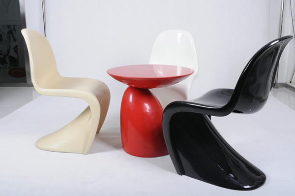 red replica panton s plastic chair verner panton verner panton chair. Black Bedroom Furniture Sets. Home Design Ideas