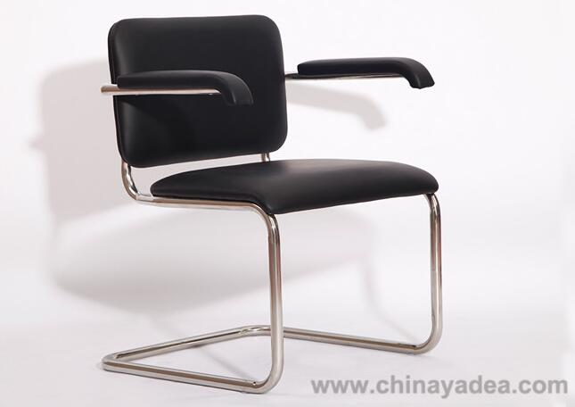 Cesca Chair in Black Leather