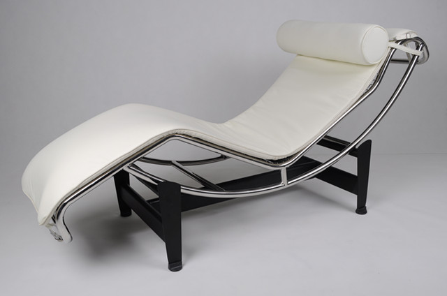 Replica chaise longue chair lc4 in pony leather and for Chaise longue pony