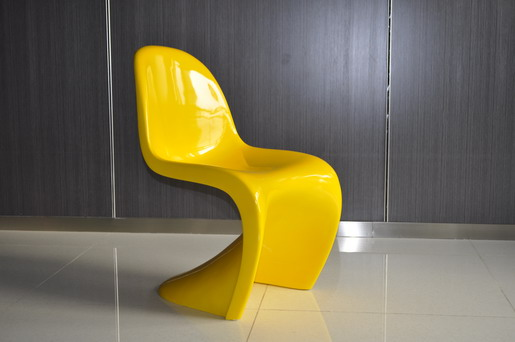 Replica Plastic 'Panton S' Chair