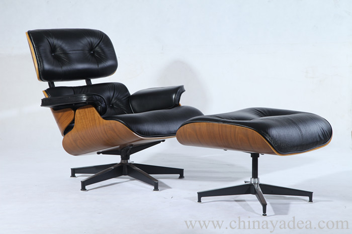 Herman Miller Eames Lounge Chair & Ottoman Reproduction