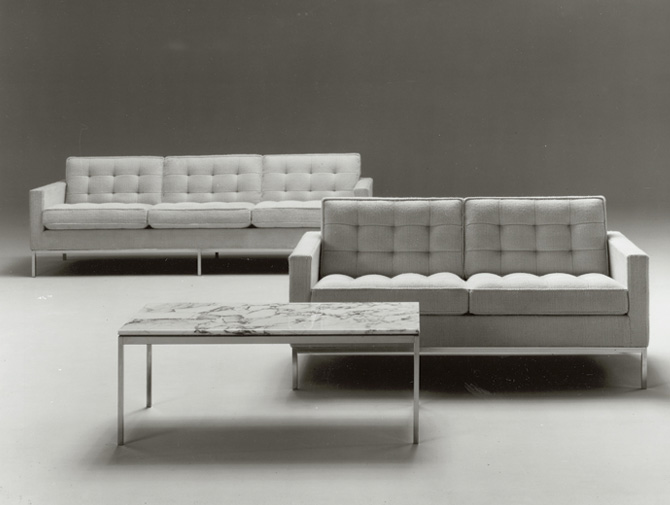Beautiful Knoll Sofa Replica