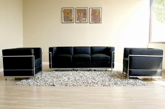 Lc2 sofa lc2 sofa replica bauhaus manhattan home design for Bauhaus sofa le corbusier