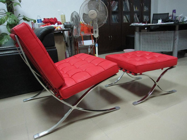 red aniline leather barcelona chair