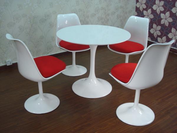 Saarinen Tulip Table Tulip Chair|eero Saarinen